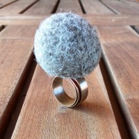 Copper Ring with Pearl Wool in Felt Rock