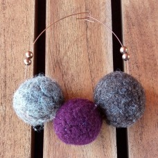 Circular Copper Brooche with 3 Wool Pearls