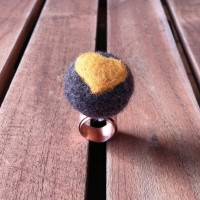 Copper Ring with Felt Pearl Terra and Yellow Heart
